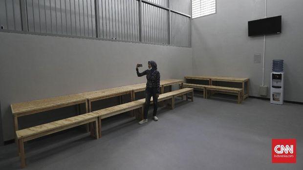 Ruangan khusus untuk tahanan berkumpul di Rutan Baru KPK, Jakarta, Jumat, 6 Oktober 2017.