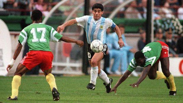 Diego Maradona 'hanya' dihargai 5 juta poundsterling saat jadi pemain termahal dunia.