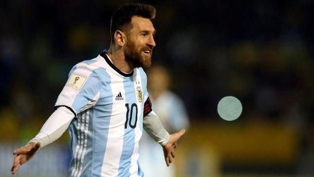 Lionel Messi berharap kehadiran Gonzalo Higuain di timnas Argentina.