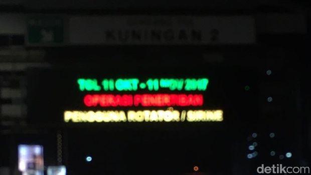 Polisi Razia Pengguna Lampu Rotator 11 Oktober-1 November