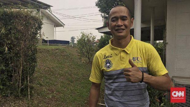 Kurniawan Dwi Yulianto bakal fokus lebih dulu untuk pembinaan sepak bola usia muda. (