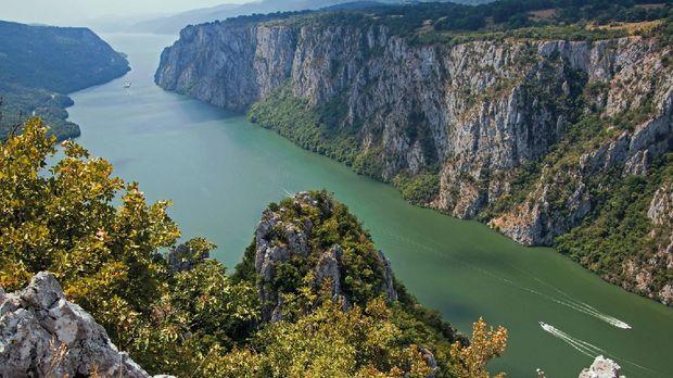 Panorama Taman Nasional Derdap (Serbia.Travel)