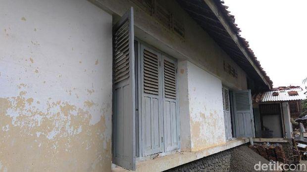 Rumah peninggalan Londo Ireng