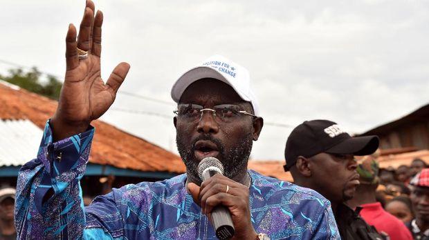 George Weah tinggal disahkan menjadi Presiden Liberia.