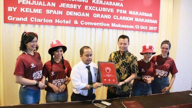 Jersey PSM Makassar Kini Juga Bisa Didapatkan di Hotel Ini