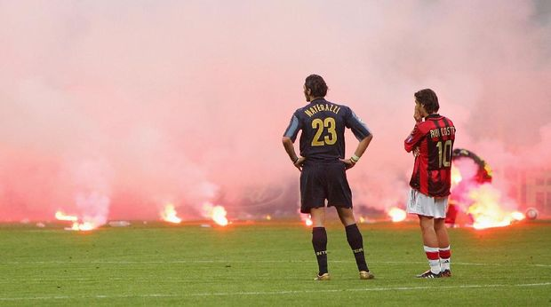 Materazzi, Rui Costa, dan Asap yang Mengepul di San Siro