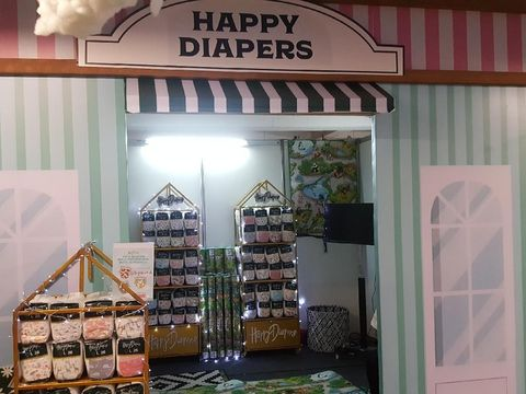 Booth Happy Diaper di Festival Bunda Happy/