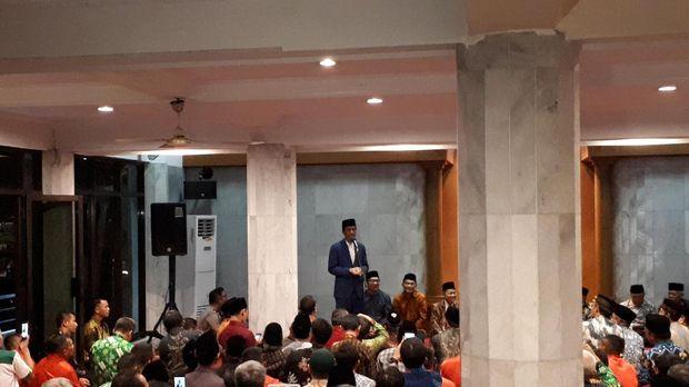 Permalink to Kunjungi PP Persis, Jokowi Bicarakan Perppu Ormas hingga Kesenjangan
