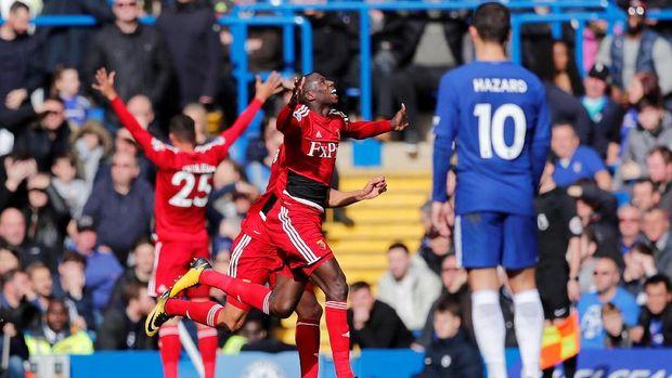 Watford sempat menyamakan kedudukan bahkan unggul 1-2 pada awal babak kedua. (