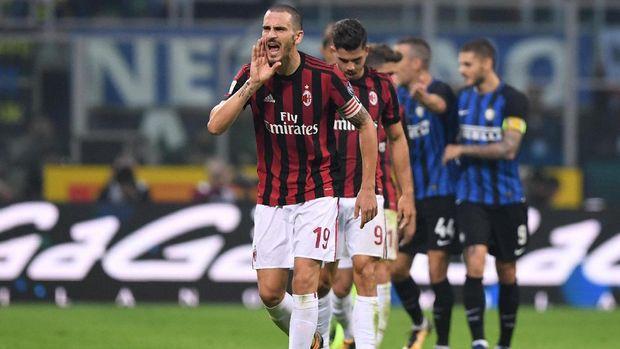 Leonardo Bonucci menjadi pilihan utama di lini belakang Milan musim ini.