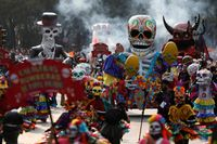 Lautan Tengkorak di Festival Kematian Meksiko