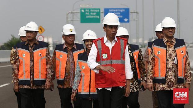 Jokowi Resmikan Tol Becakayu, Proyek Mangkrak 20 Tahun