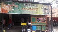 """Lezatnya Kupat Tahu """"Sido Mampir"""" Dekat Gedung Mantu Presiden Jokowi"""