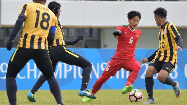 Timnas Indonesia U-19 kalah 1-4 dari Malaysia di pertandingan terakhir.