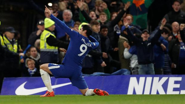 Alvaro Morata mencetak gol kemenangan Chelsea atas Manchester United.