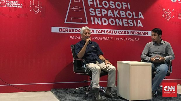 Danurwindo (kiri) ingin Timnas Indonesia memanfaatkan kelebihan mereka di Asian Games 2018 nanti.