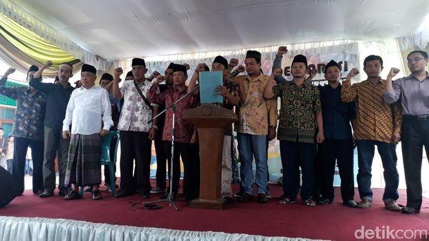 Ratusan Orang di Jatim Deklarasi Siap Menangkan Khofifah