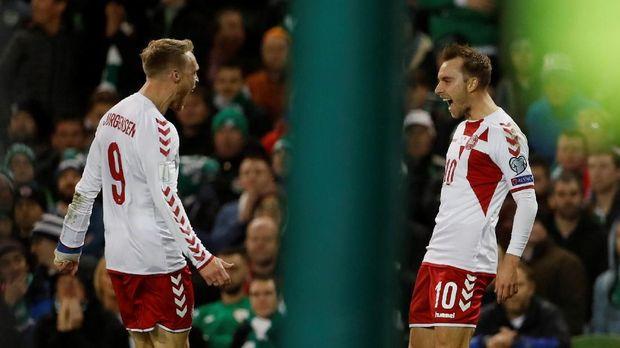 Timnas Denmark memastikan lolos ke Piala Dunia 2018 setelah menyingkirkan Timnas Republik Irlandia di fase play-off. (