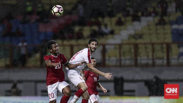 Ilham Udin Armaiyn membawa Timnas Indonesia unggul 1-0 pada menit ke-29.
