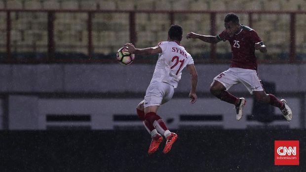Osvaldo Haay menjadi bintang muda Persipura Jayapura yang paling bersinar musim lalu.