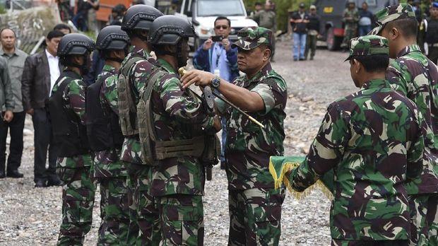 Bintang Kejora, Noam Chomsky dan Harapan Papua untuk Jokowi