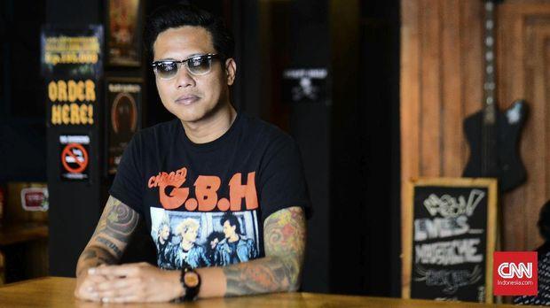 Gofar Hilman, Punk Jalanan yang Jadi Penyiar Kenamaan (EMBG)