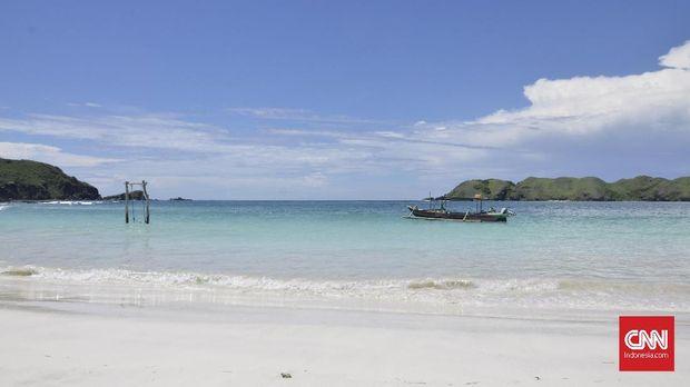 Pantai Tanjung Aan, Primadona Wisata di Mandalika