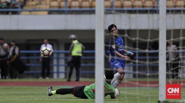 PSIS Semarang akhirnya meraih tiket promosi ke Liga 1 setelah mengalahkan Martapura FC 6-4.