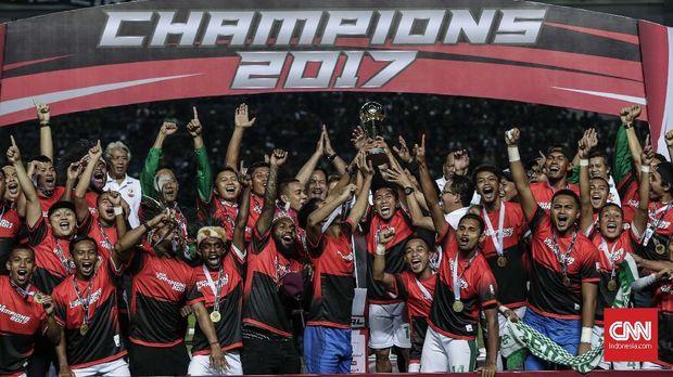 Persebaya Surabaya bisa menjadi klub baru bagi Osvaldo pada musim depan.