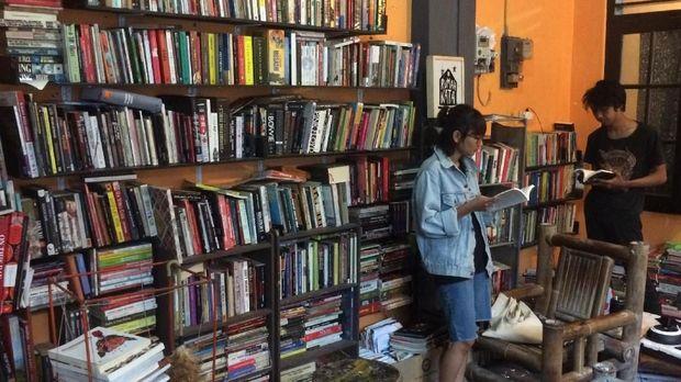 Rumah Kata, Perpustakaan Punk di Sudut Jogja (EMBARGO)