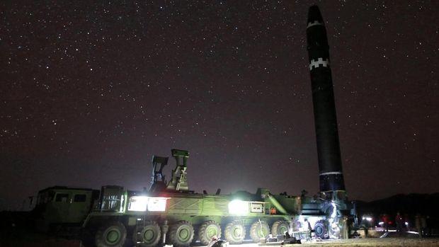 Ketegangan kembali meningkat sejak Korut meluncurkan rudal baru pada pekan lalu.