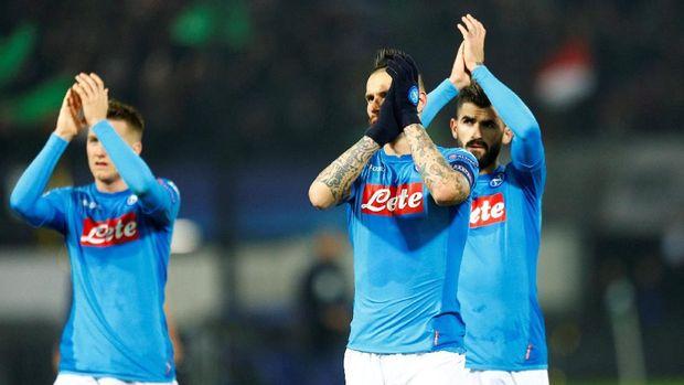 Napoli gagal lolos ke babak 16 besar Liga Champions 2017/2018. (