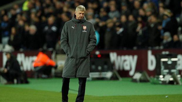 Arsene Wenger belum bisa memberikan kabar terbaru terkait negosiasi Arsenal dan MU soal Alexis Sanchez. (