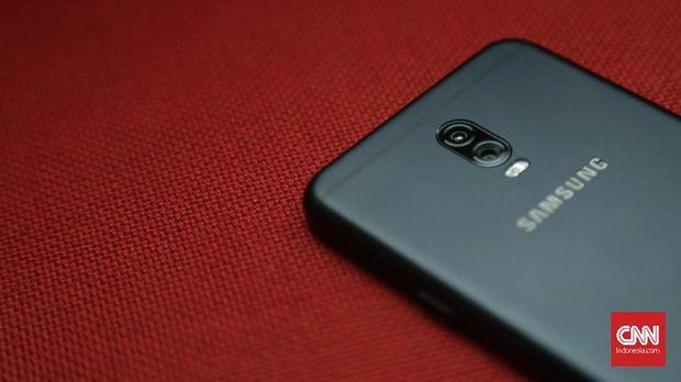 Menjajal Kamera Ganda Galaxy J7+ vs Note 8