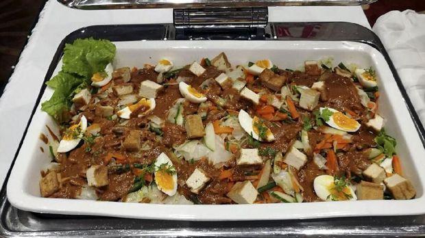 Dua chef Indonesia menyajikan kuliner Indonesia di Samoa