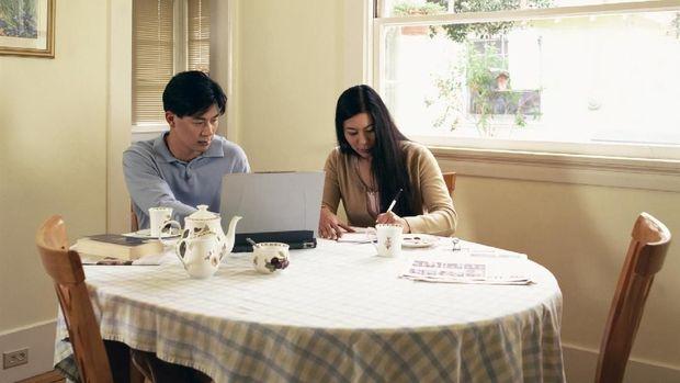Bunda, Yuk, Evaluasi Keuangan Sebelum Tutup Tahun