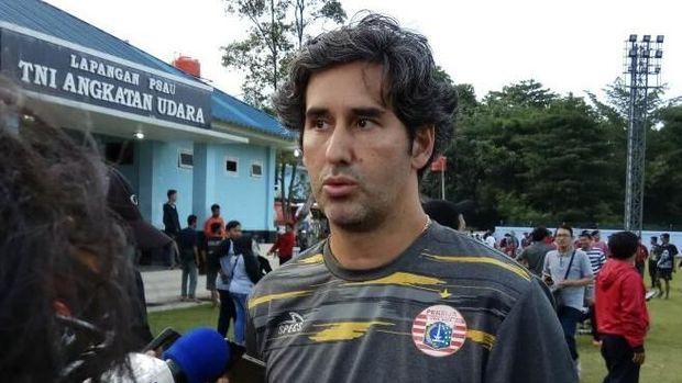 Pelatih Persija Stefano Cugurra tetap mewaspadai kekuatan Borneo FC di Piala Presiden. (
