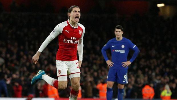 Hector Bellerin menyelamatkan Arsenal dari kekalahan saat menjamu Chelsea. (