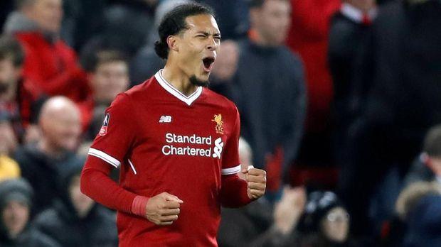 Virgil van Dijk menjadi pemain termahal Liverpool setelah dibeli dari Southampton.