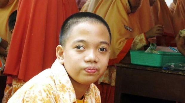 Fajar, bocah penyandang disabilitas dan penghafal Alquran dari Bandung/