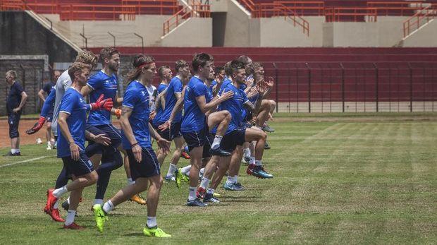 Skuat Timnas Islandia berharap penonton memenuhi SUGBK dalam laga melawan Timnas Indonesia nanti.