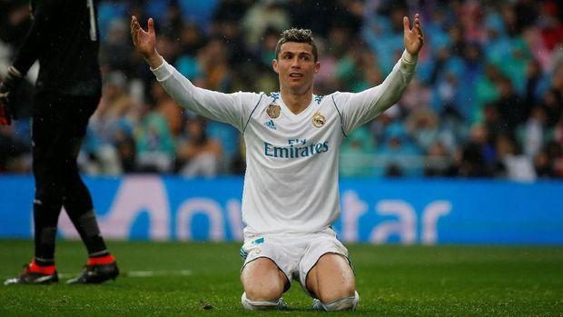Real Madrid gagal meraih poin dan tak mampu memangkas jarak dari Barcelona.
