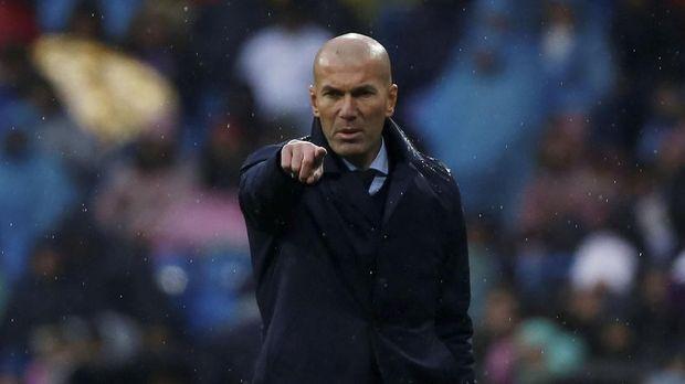 Zidane tak mau banyak mengomentari pemain yang tidak bermain di timnya. (