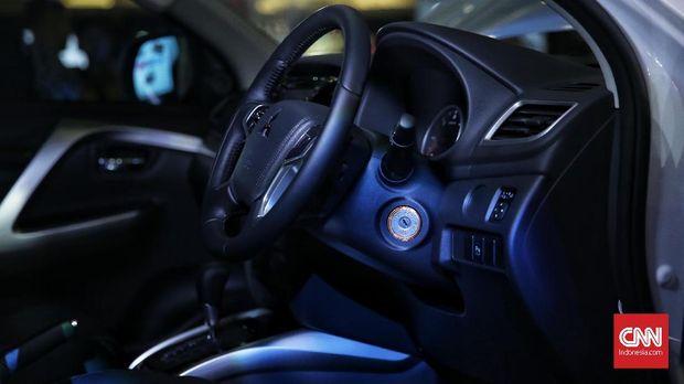 Interior Mitsubishi Pajero Sport rakitan lokal