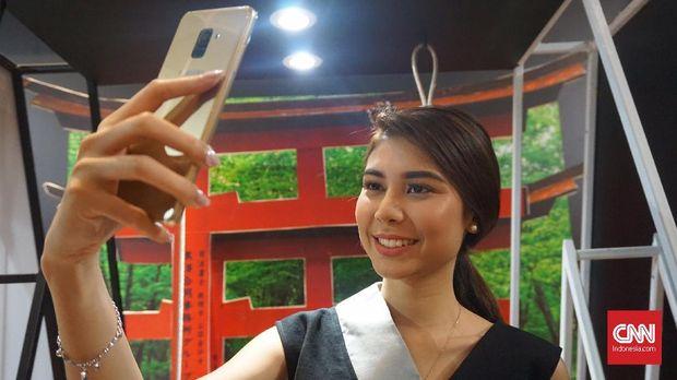 Susul Asus, Samsung Galaxy A8 Juga Punya Kamera Selfie Ganda