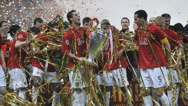 Cristiano Ronaldo pernah berjaya bersama Manchester United dengan menjuarai Liga Champions.