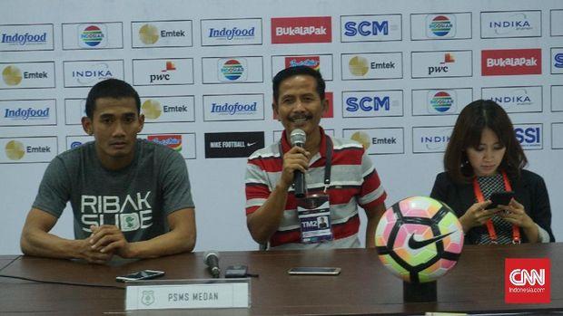 Djadjang Nurdjaman mengaku puas dengan penampilan tak kenal lelah para pemain PSMS saat kalahkan Persib 2-0 di Piala Presiden 2018. (