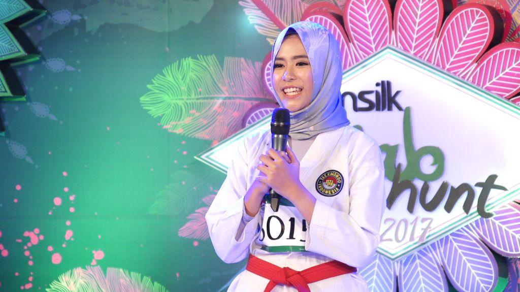 30 Besar Sunsilk Hijab Hunt 2017 Bandung - Azkia Rahmania Akbar