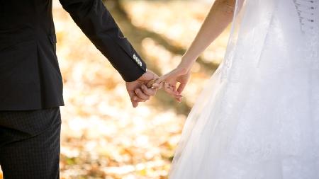 Ada Resepsi Pernikahan Massal Gratis dan Dapat Hadiah, Mau Daftar?