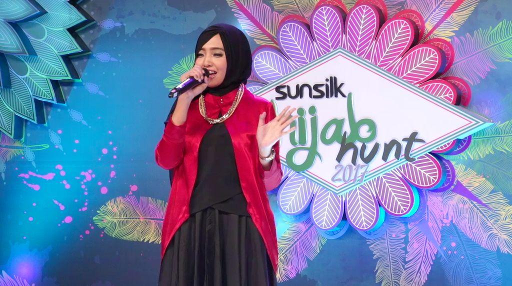 24 Besar Sunsilk Hijab Hunt 2017 Surabaya - Indah Yusnia Fajarini